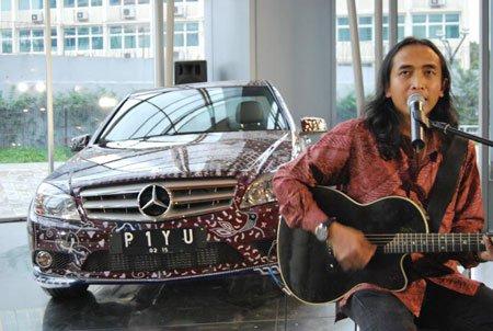 Mercedes Benz Batik Piyu Padi Mercedes-Benz Mobil Mewah Terbaik Indonesia