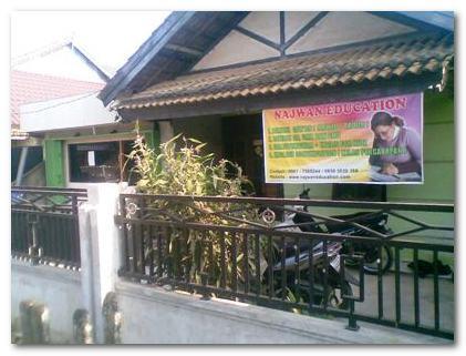 Suasana Buka Puasa Bersama Keluarga Besar Najwan Education 2012