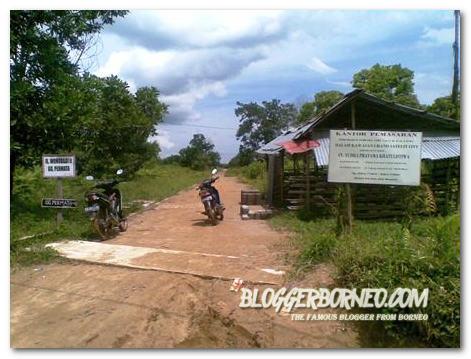 Jalan Masuk Kawasan Perumahan Murah Kubu Raya