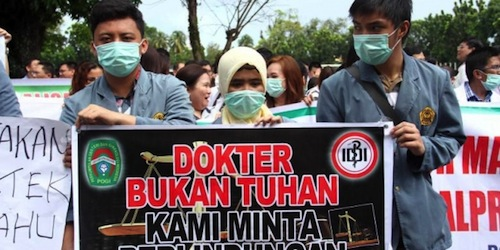 Aksi Mogok Dokter Se-Indonesia