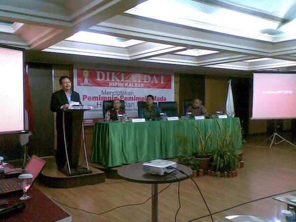 Wakil Gubernur Kalbar Membuka DIKLATDA I HIPMI KALBAR 2014