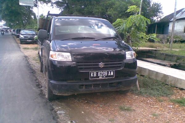 Sewa Ojek Pick Up Pontianak - Simpang Dara Hitam - 082148440052