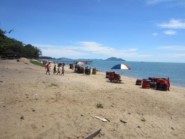Pantai Pasir Panjang - Obyek Wisata Singkawang