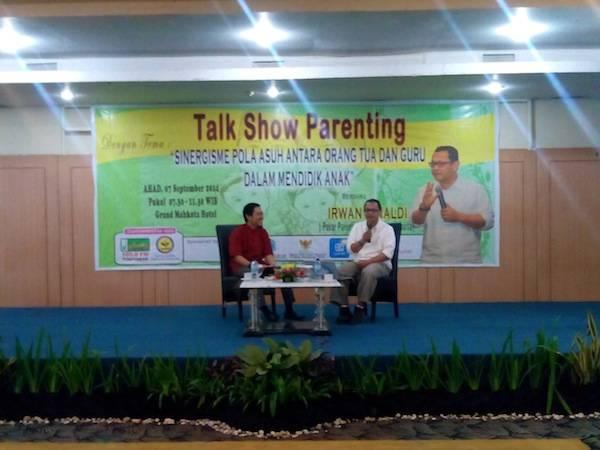 Talk Show Parenting Irwan Rinaldi di Pontianak 2014