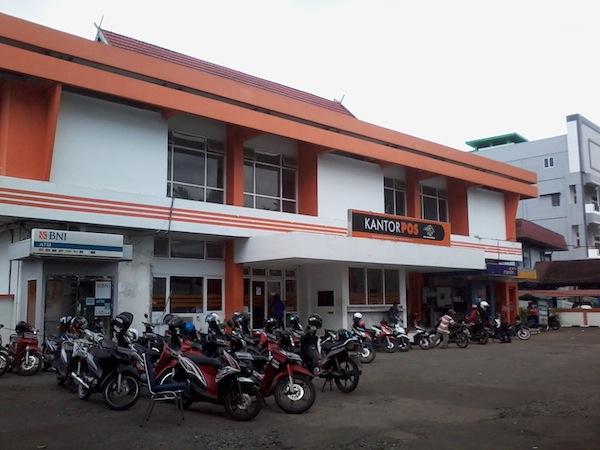 Kantor PT POS Indonesia di Pontianak Kalimantan Barat
