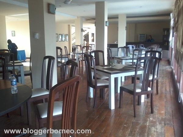 Hotel Mahkota Kayong
