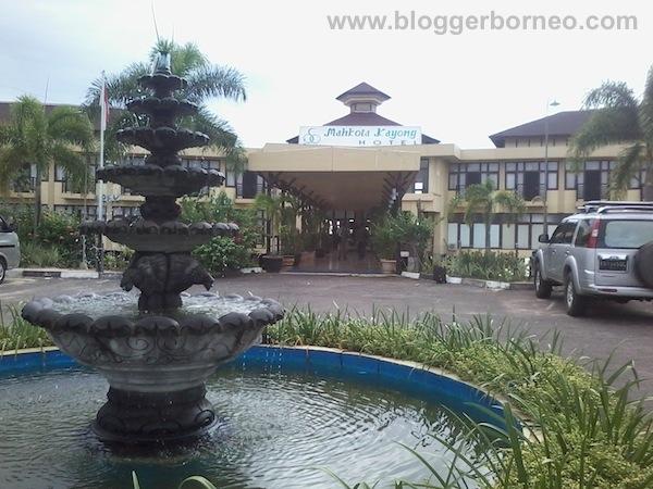 Mahkota Hotel Kayong