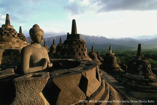 Pemandangan Candi Borobudur Jogjakarta