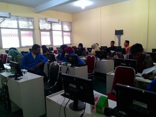 Mahasiswa IAIN Pontianak Sedang Mengikuti Pelatihan Narrative Reporting