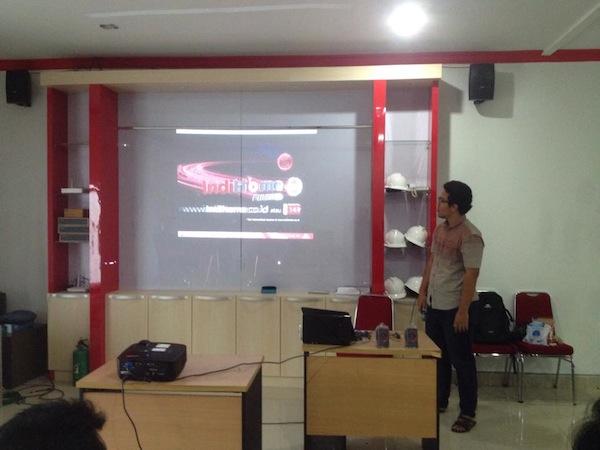 Sesi Pengenalan Produk IndiHome Workshop Blog Pontianak Session 1