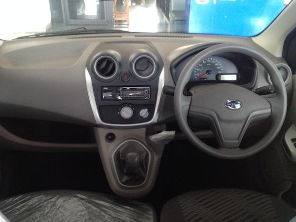 Test Drive Datsun GO Panca - Dashboard