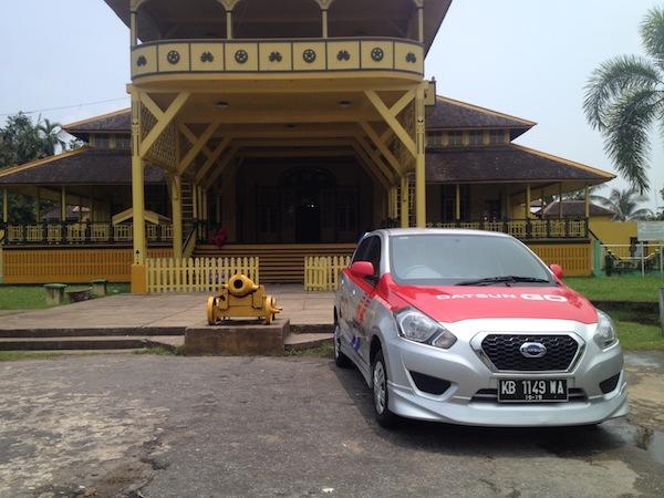 Test Drive Datsun GO Panca - Istana Kadriyah