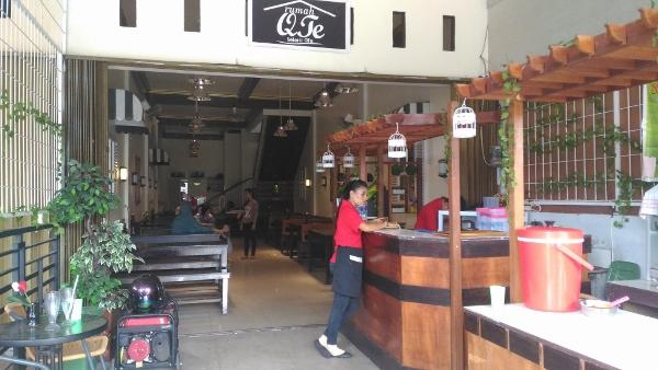 Cafe and Resto Rumah Qte Tampak Depan