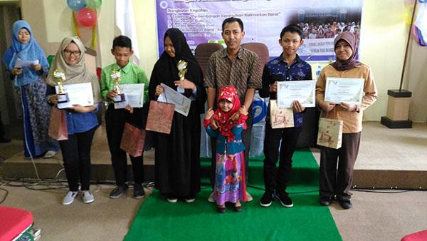 Milad FLP 19 Kalbar - Pemenang Lomba Membaca Puisi Tingkat SMP Sederajat