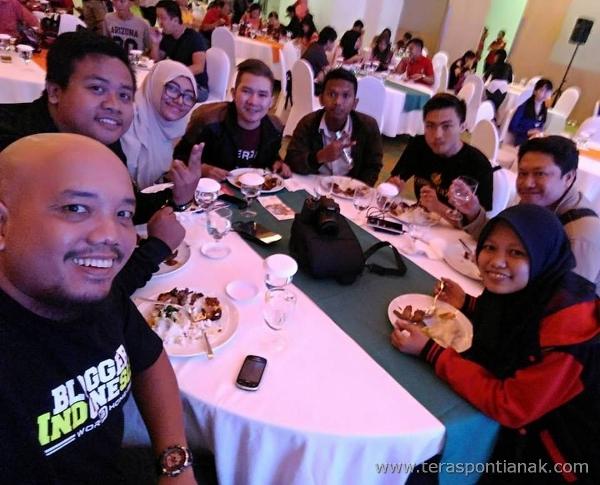 Selfie with Pontianak Blogger Community