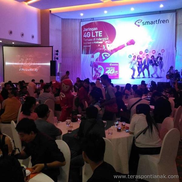 Suasana Gathering and Launching Smartfren 4G LTE Advance di Pontianak