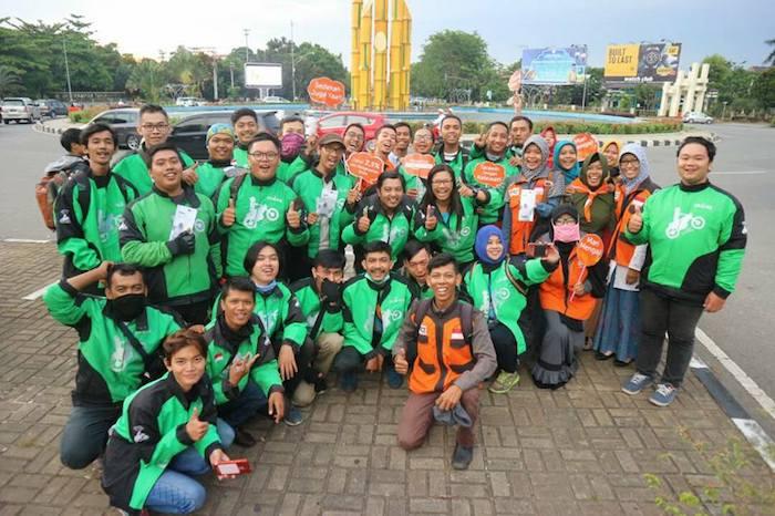 Aksi Bersama Go-Jek Pontianak dan Rumah Zakat Kalimantan Barat