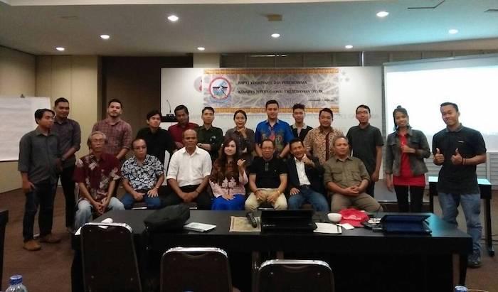 Foto Bersama Panitia Steering Committe di Hotel Gajahmada Pontianak 7 April 2017