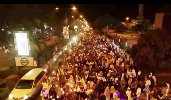 Suasana Pawai Obor Menyambut Ramadhan 1439 Hijriah Pontianak